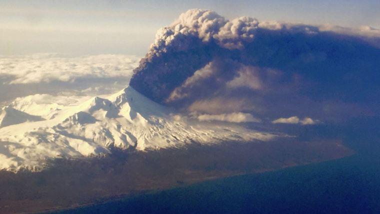 VOlcano_Alaska_Capture